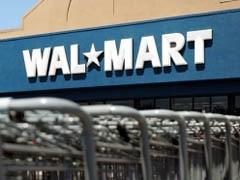 """Американская компания Wal-Mart, оператор крупнейшей в мире сети магазинов розничной торговли, предложила продать ей российскую """"Копейку"""". Американцы могут выкупить как 100 процентов сети, так и оставить ее основному владельцу Николаю Цветкову миноритарный пакет акций."""
