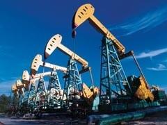 С 1 августа 2009 года экспортная пошлина на нефть в России может вырасти на 3% - с $ 212,6 до $ 220-224 за тонну. Ставка экспортной пошлины на светлые нефтепродукты будет установлена в $161,9 за тонну, на темные — $87,2.