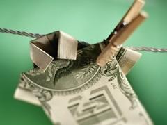 """Преступный капитал в России стал чаще использоваться для кредитования частного бизнеса, смещая легальный банковский сектор. В первом квартале было зарегистрировано более четырех тысяч преступлений по статье """"Отмывание денег""""."""
