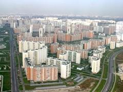 """Информационная группа Finam.ru (входит в состав инвестиционного холдинга """"ФИНАМ"""") провела конференцию """"Рынок недвижимости: """"дно"""" уже пройдено?"""". Ее участники отмечают существенное снижение цен на московском рынке недвижимости. Часть экспертов ожидает дальнейшего падения, но большинство уверено, что дно достигнуто. Предложение все еще существенно превышает спрос, но дисбалансы постепенно выравниваются."""