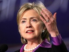 США готовы к перезагрузке. Хиллари Клинтон заявила, что администрация Обамы хочет видеть Россию сильной, мирной и процветающей державой. Этим она попыталась смягчить высказывания вице-президента в адрес российской экономики.
