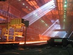 """Чистая прибыль """"Новолипецкого металлургического комбината"""" (НЛМК) по итогам 2 квартала 2009 года по РСБУ составила 22,3 млрд рублей, что в 161 раз превышает показатель 1 квартала текущего года (138,8 млн рублей) и на 39,5% ниже показателя 2 квартала 2008 года (36,8 млрд)."""
