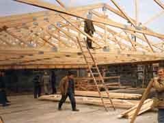 Для российских потребителей все большее значение имеет экологичность строительных материалов. Одним из результатов опроса стал факт наличия серьезного значения экологичности материалов для российских потребителей.