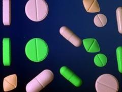 С 1 апреля действуют ценовые ограничения на фармацевтическом рынке. Но, несмотря на это, во многих аптеках ничего не изменилось, и лекарства стоят столько же, сколько и раньше.